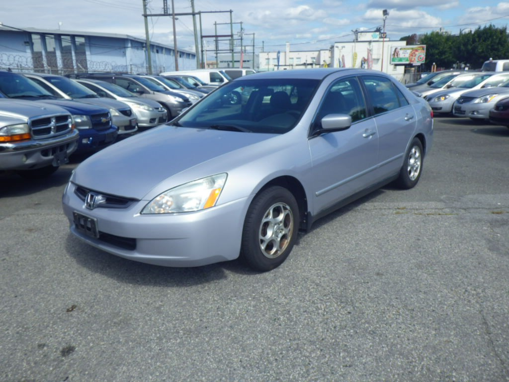 2005-Honda-Accord
