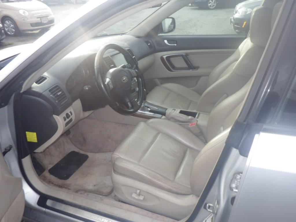 2007-Subaru-Outback