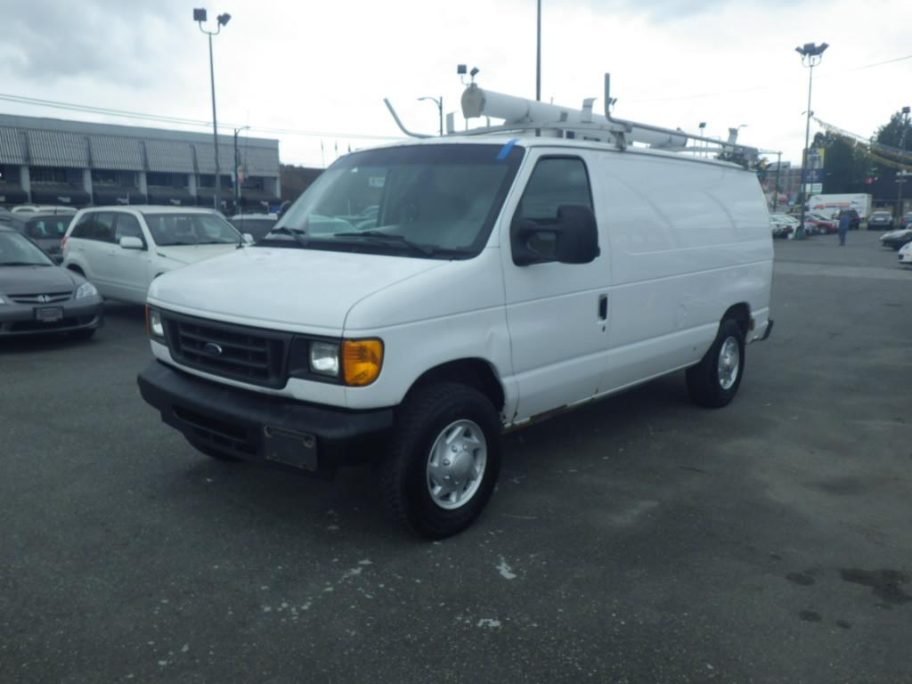 2007-Ford-Econoline Cargo Van