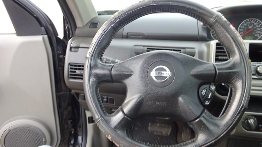 2006-Nissan-X-Trail