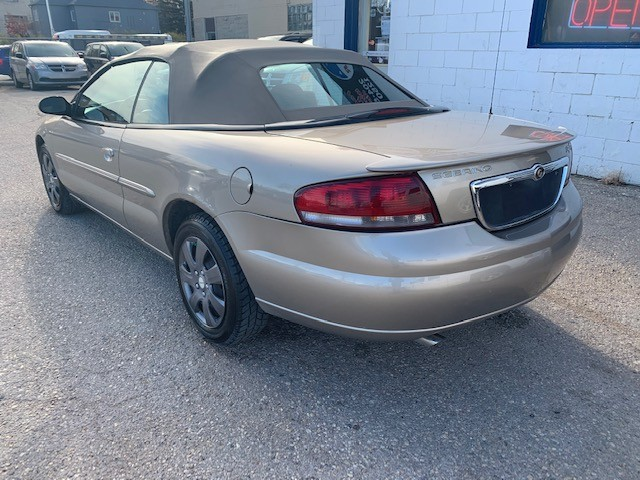 2004-Chrysler-Sebring