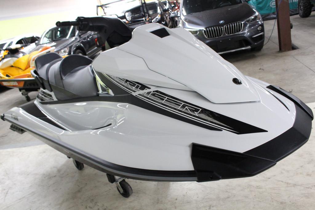 2016-Yamaha-Jetski