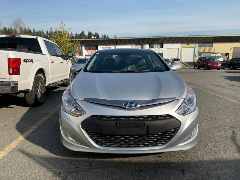 2013-Hyundai-Sonata Hybrid