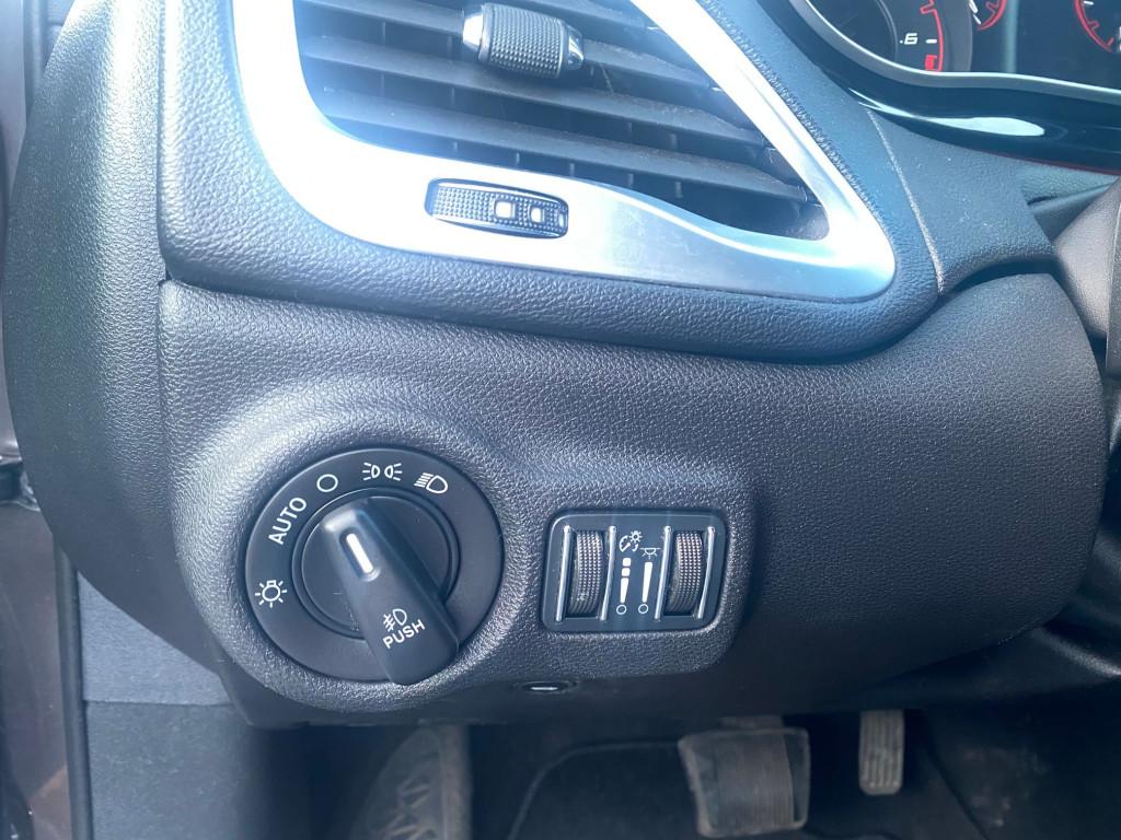 2014-Dodge-Dart