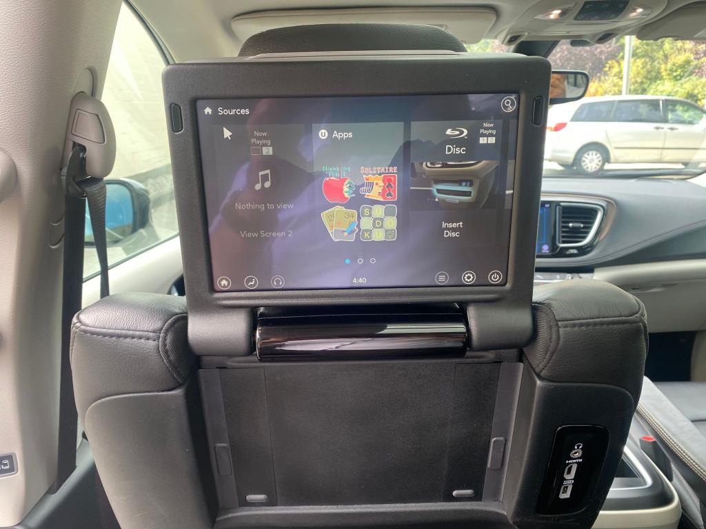 2018-Chrysler-Pacifica