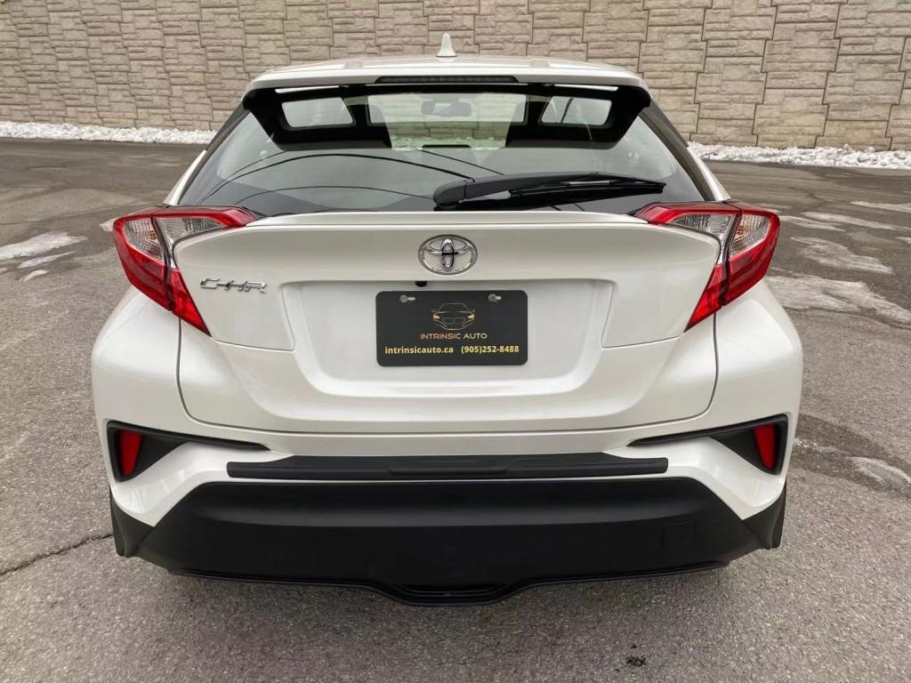 2019-Toyota-C-HR