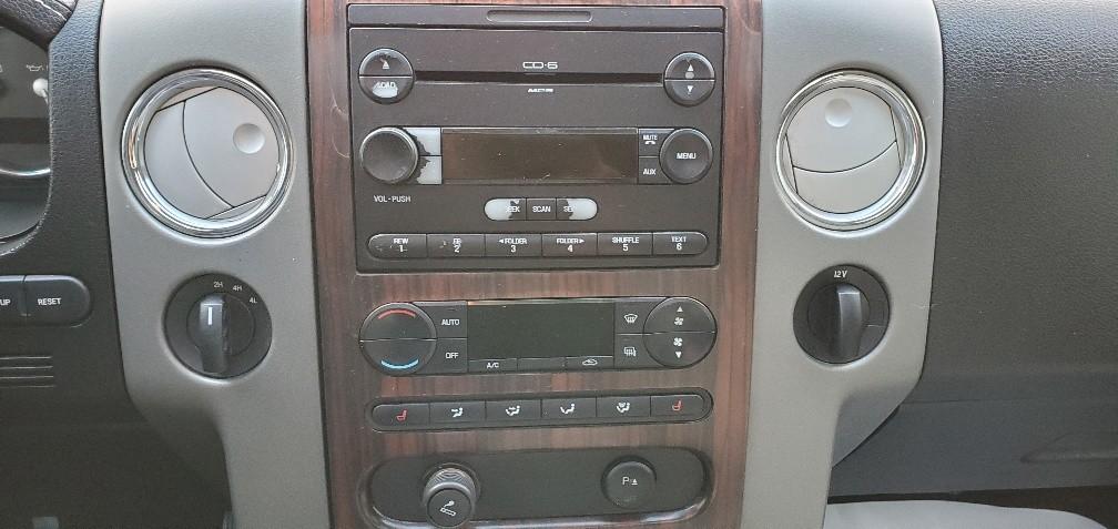 2006-Lincoln-Mark LT
