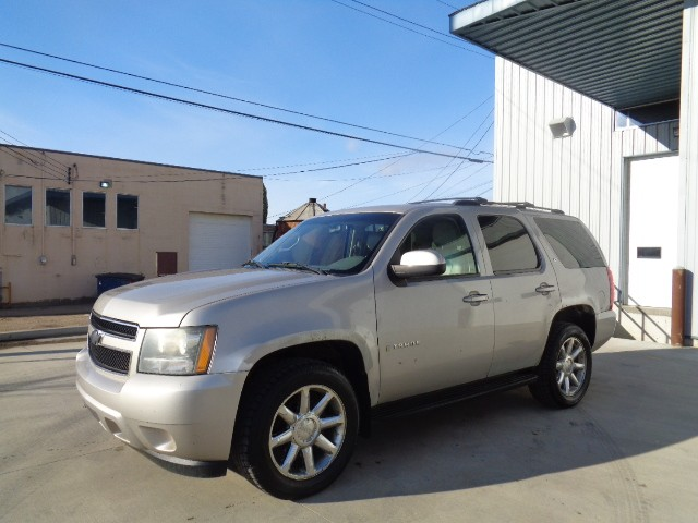 2007-Chevrolet-Tahoe