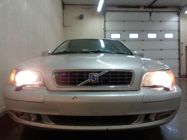 2004-Volvo-S40