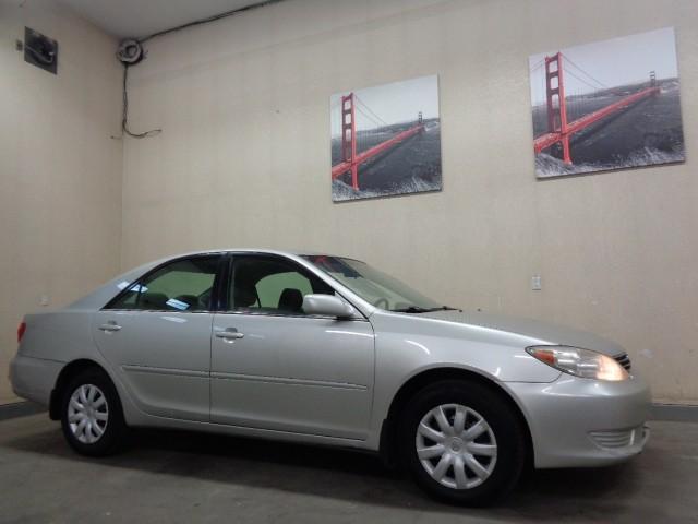 2005-Toyota-Camry