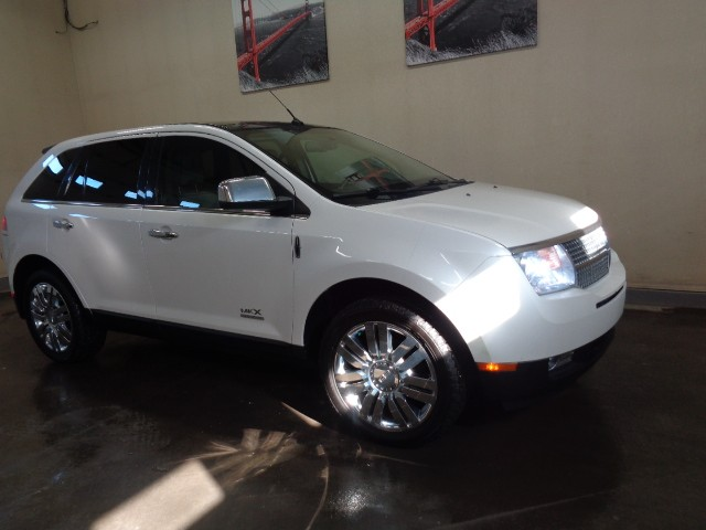 2010-Lincoln-MKX