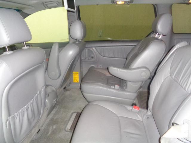 2008-Toyota-Sienna