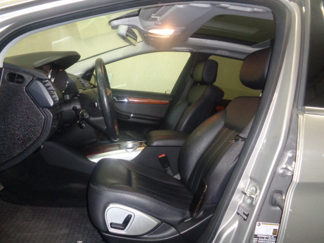 2007-Mercedes-Benz-R-Class