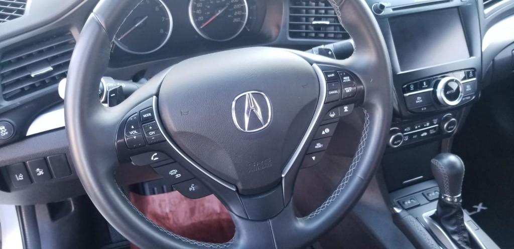 2016-Acura-ILX
