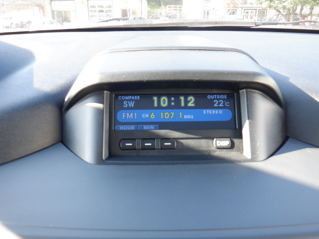 2009-Mitsubishi-Endeavor