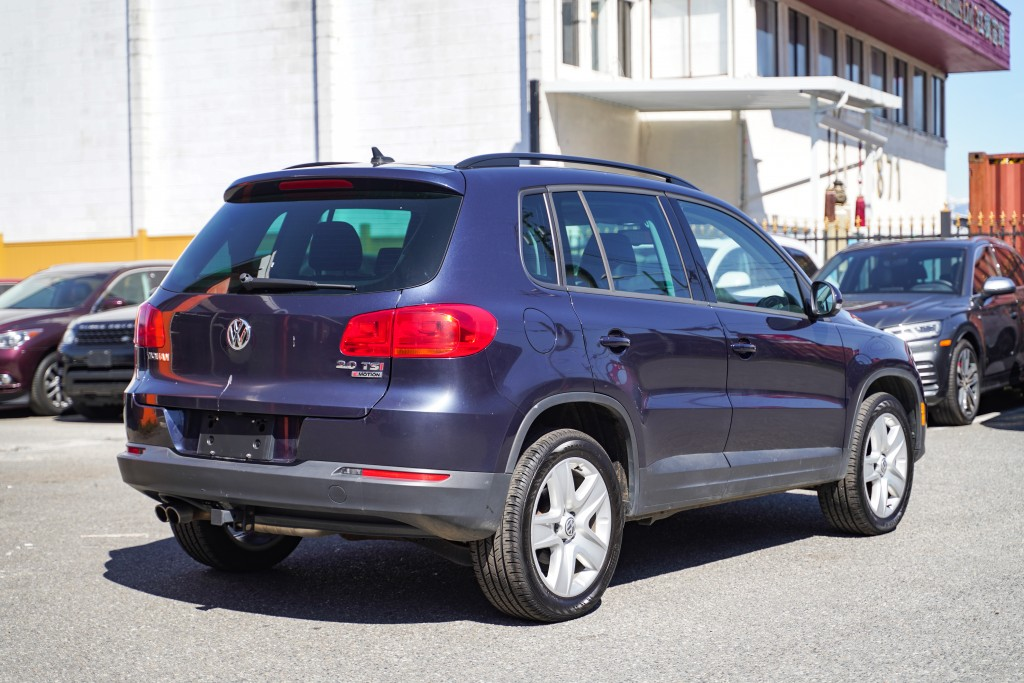 2016-Volkswagen-Tiguan