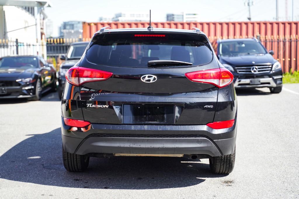 2017-Hyundai-Tucson