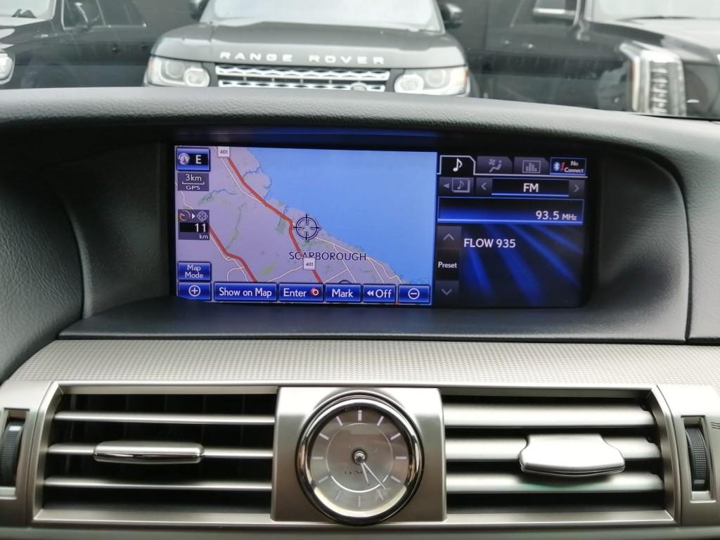 2013-Lexus-LS 460