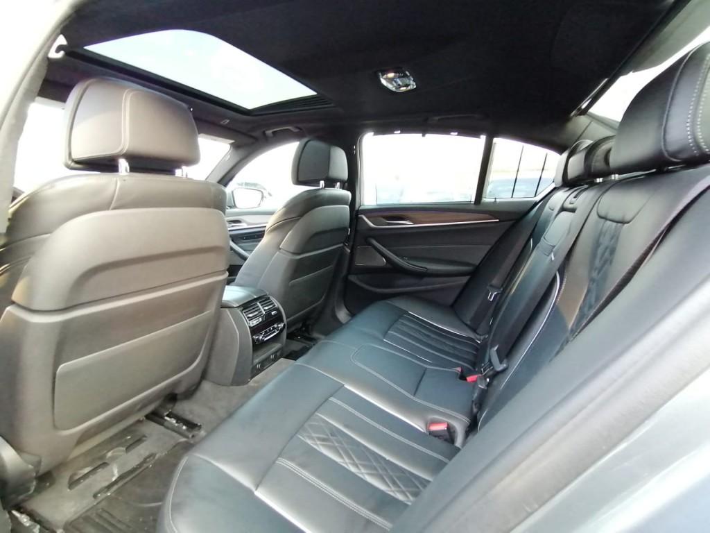 2018-BMW-530i xDrive