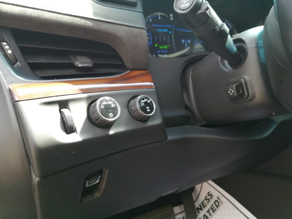 2018-Cadillac-Escalade ESV