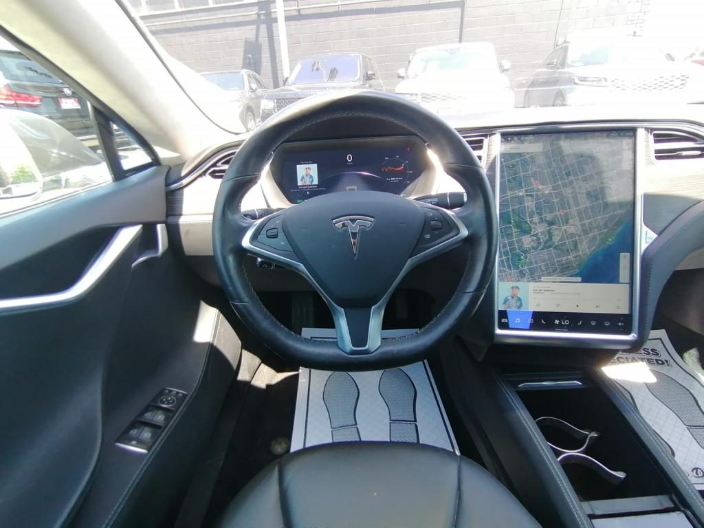2015-Tesla-Model S