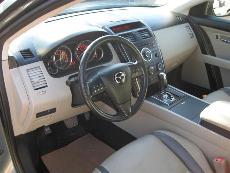 2010-Mazda-CX-9