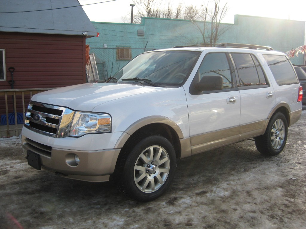 2011-Ford-Expedition
