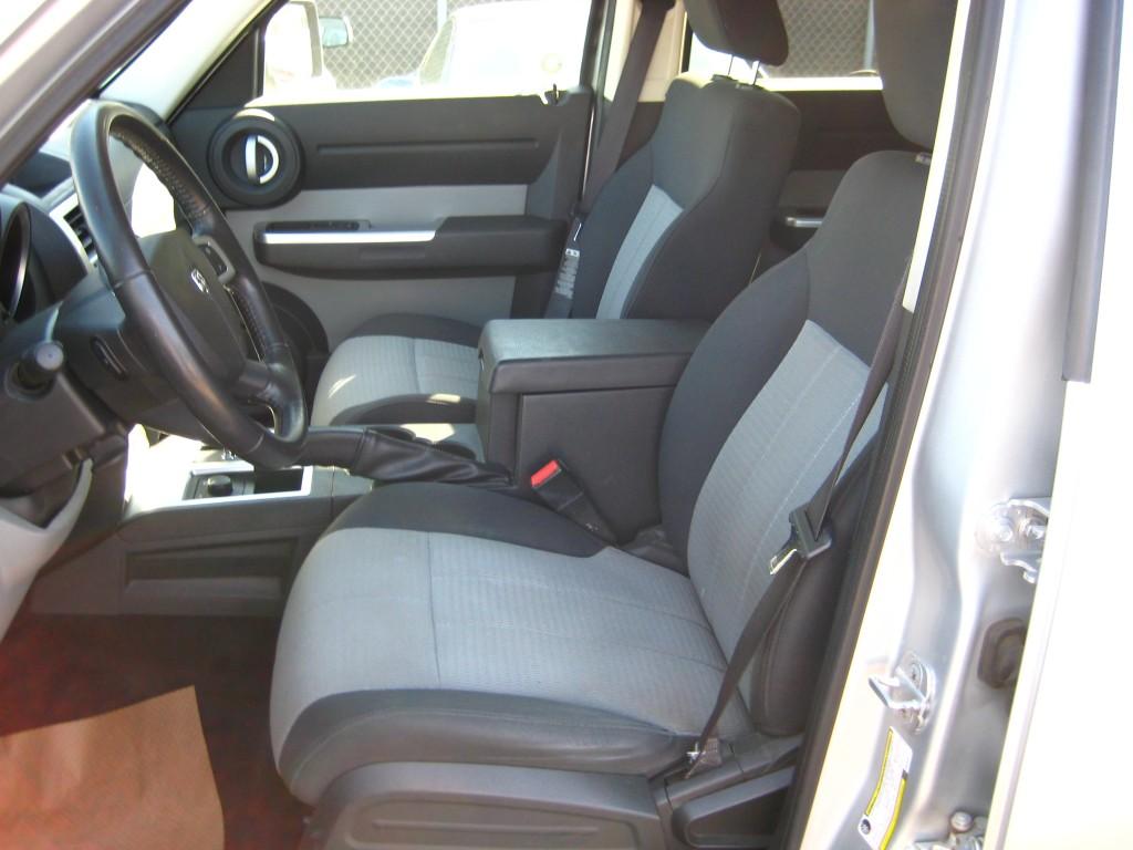 2007-Dodge-Nitro