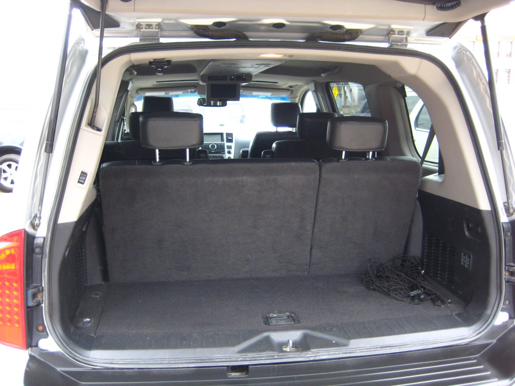 2008-Infiniti-QX56