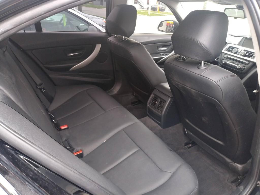 2013-BMW-3 Series
