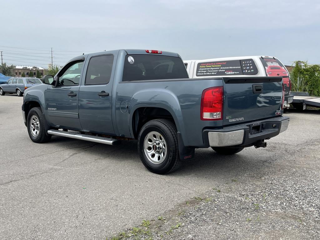 2011-GMC-Sierra 1500