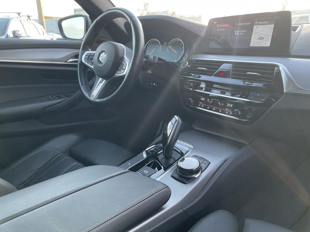 2018-BMW-5 Series