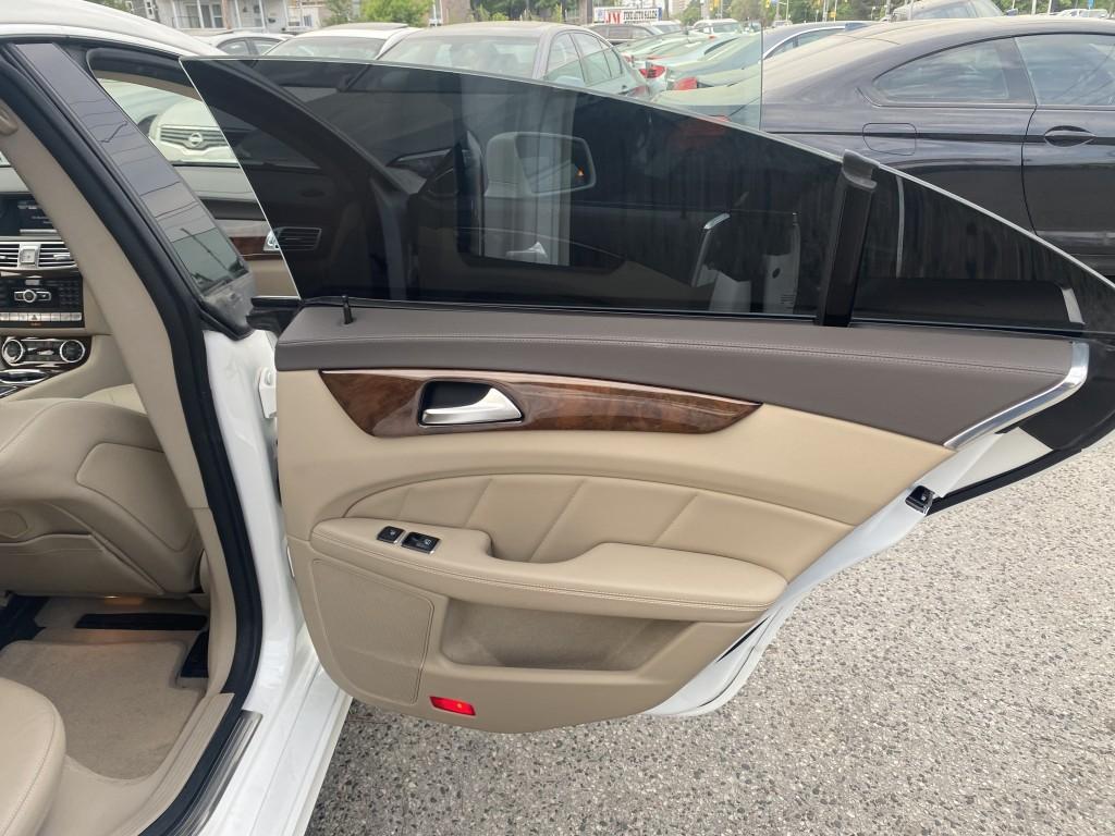 2013-Mercedes-Benz-CLS-Class