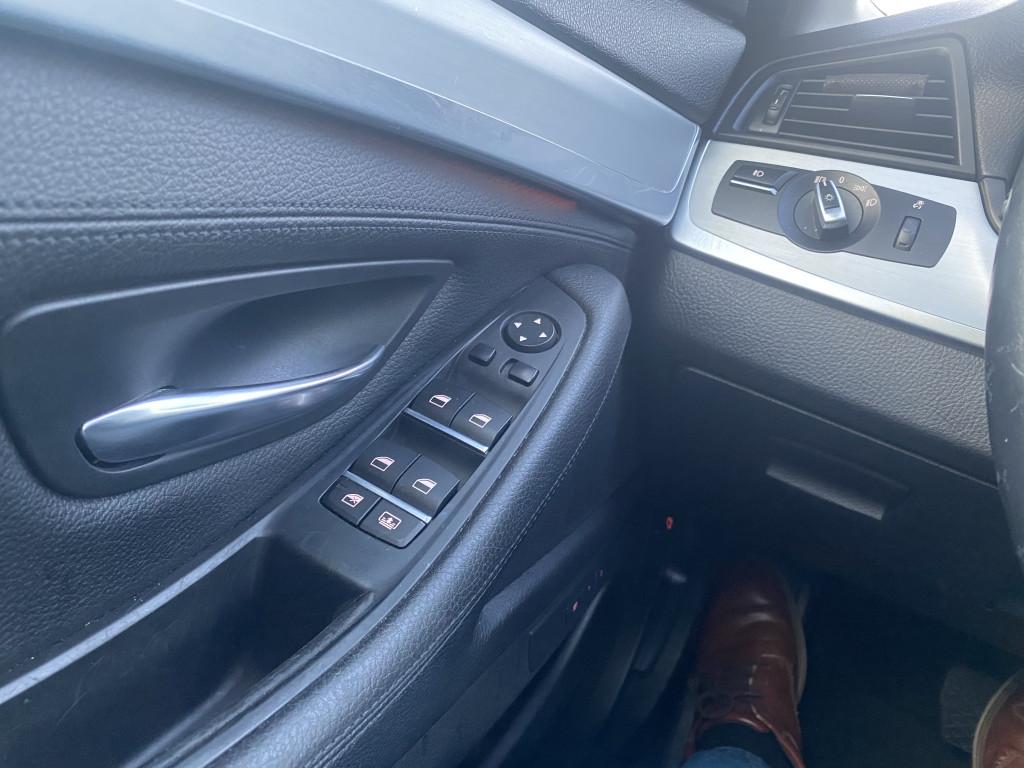 2015-BMW-5 Series