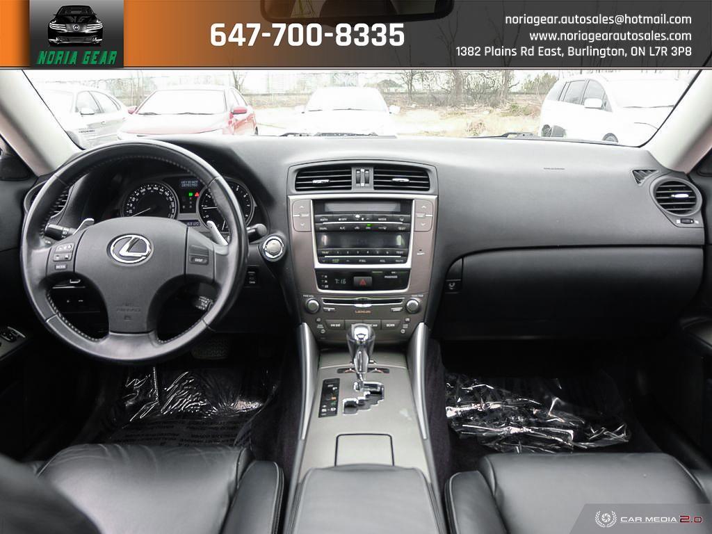 2009-Lexus-IS 250
