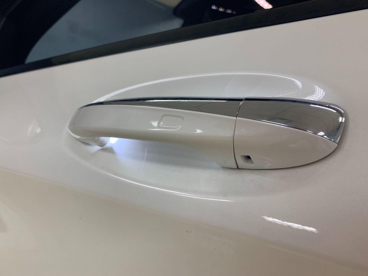 2017-Mercedes-Benz-GLC-Class