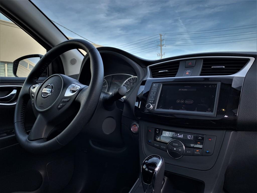 2019-Nissan-Sentra