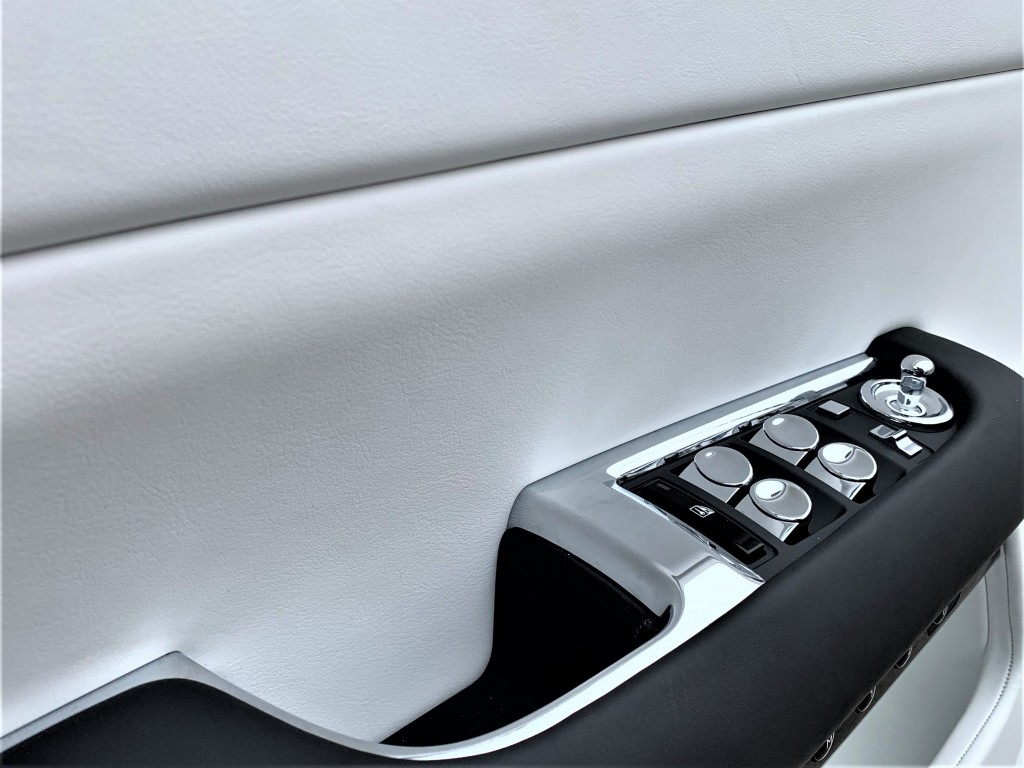 2020-Rolls-Royce-Wraith