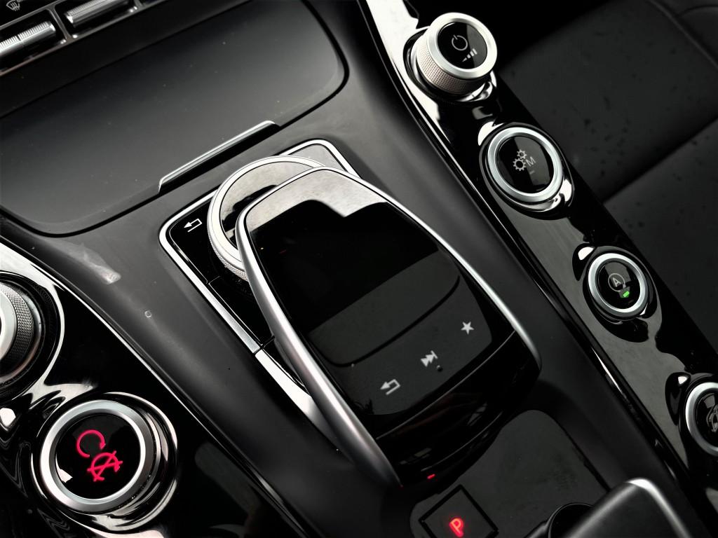 2018-Mercedes-Benz-AMG GT