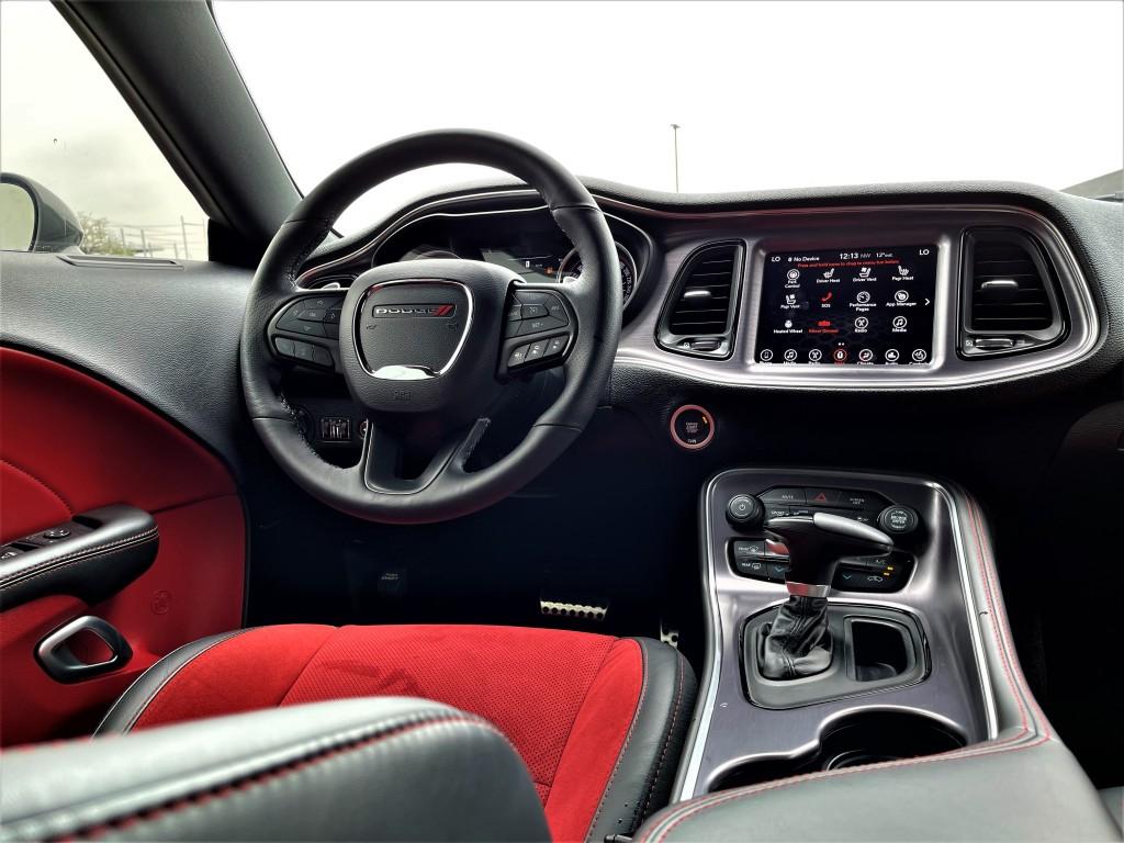 2017-Dodge-Challenger