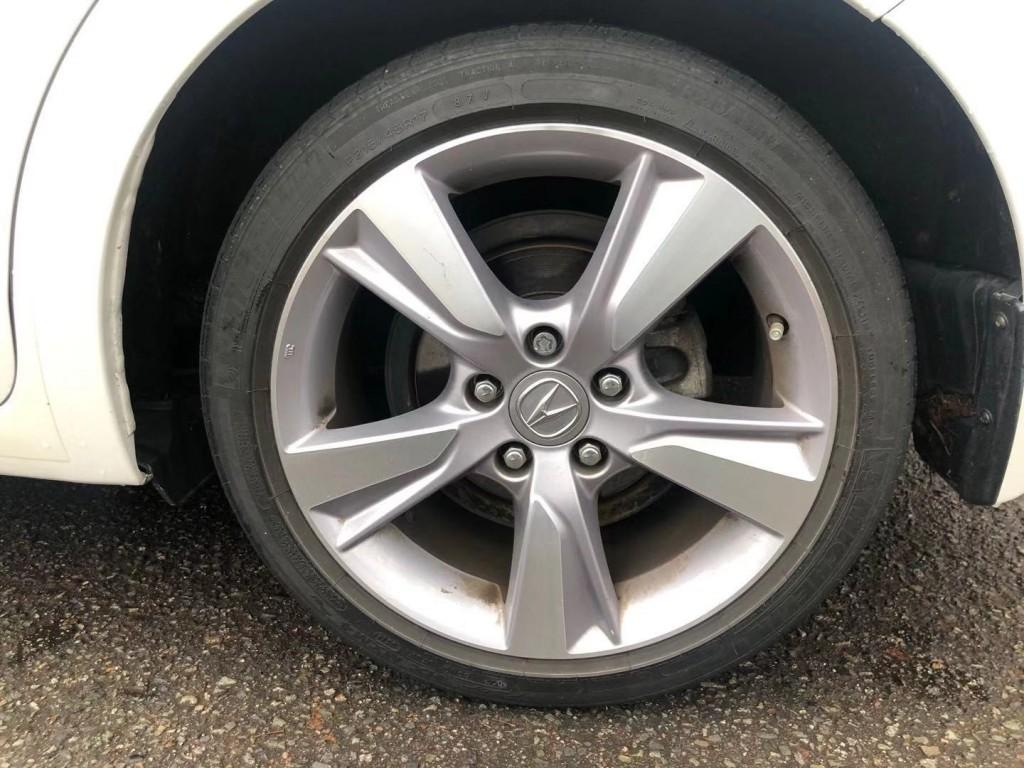 2014-Acura-ILX