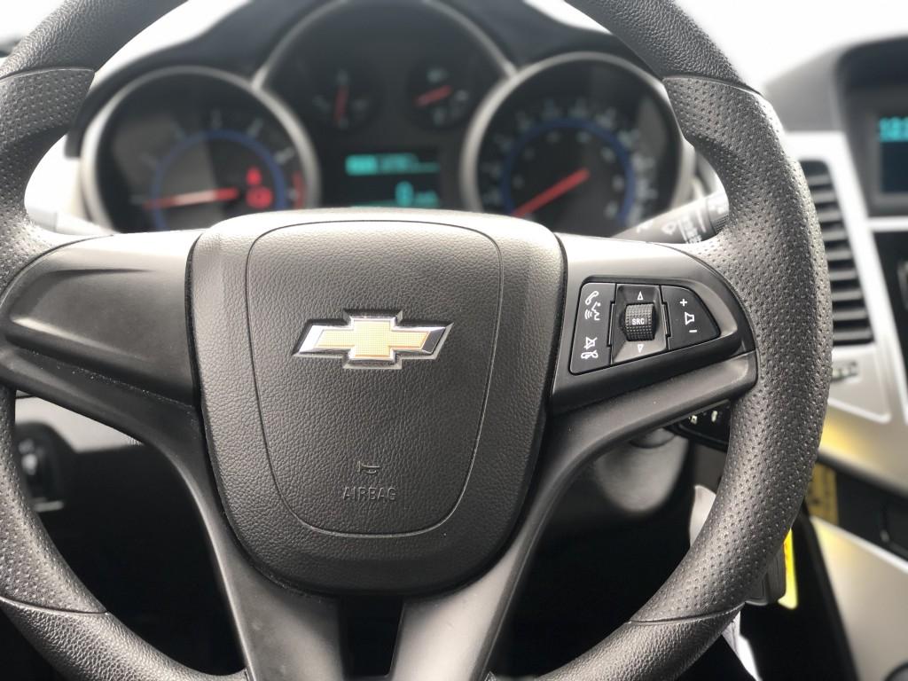2015-Chevrolet-Cruze