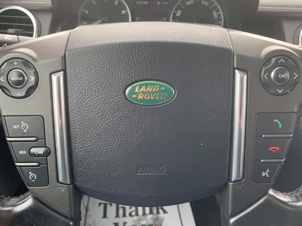 2011-Land Rover-LR4