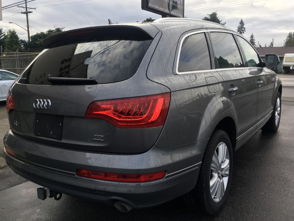 2012-Audi-Q7