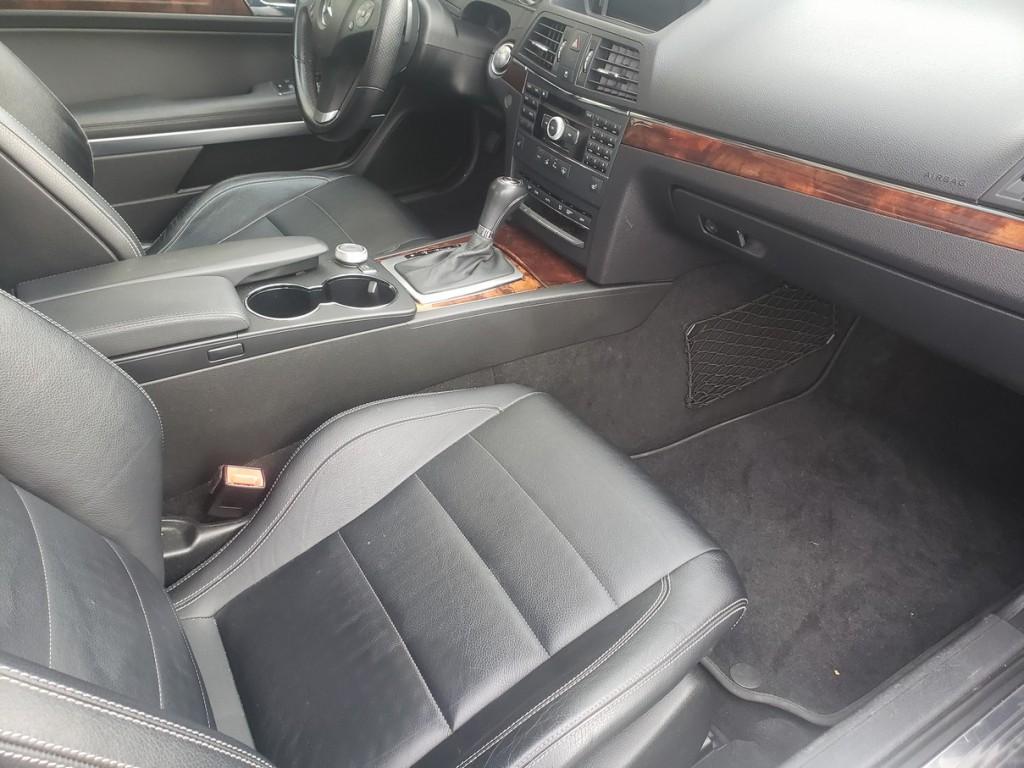 2010-Mercedes-Benz-E350
