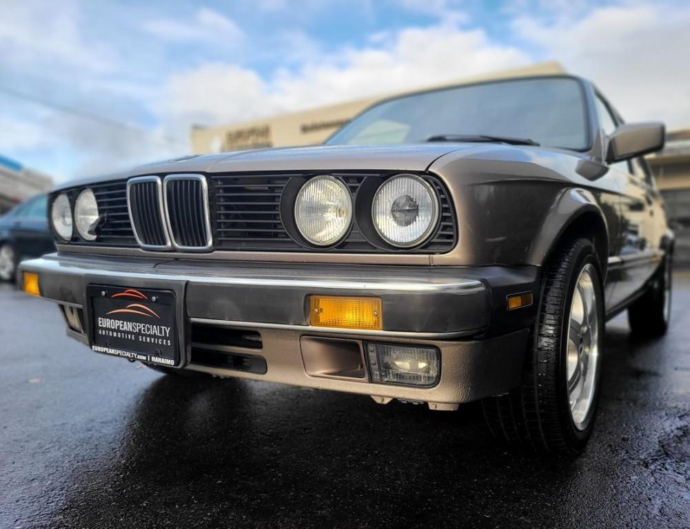 1988-BMW-3 Series