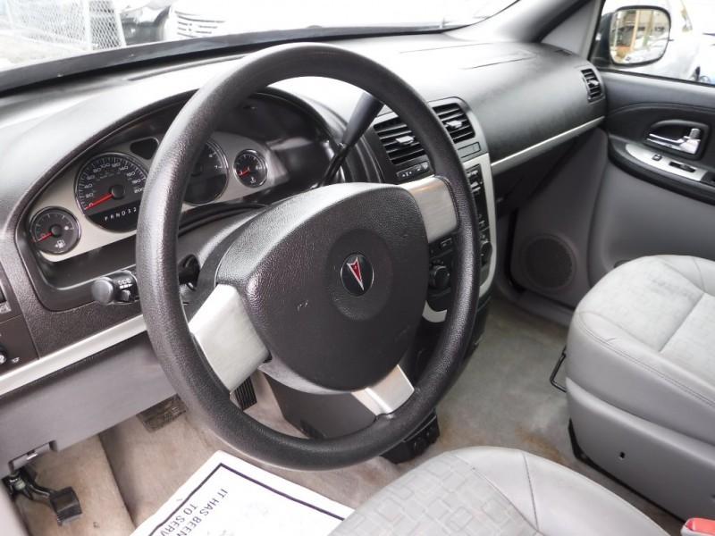 2008-Pontiac-Montana SV6
