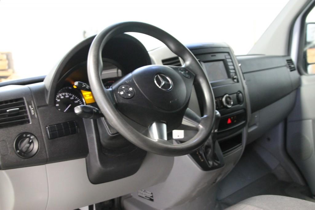 2014-Mercedes-Benz-Sprinter