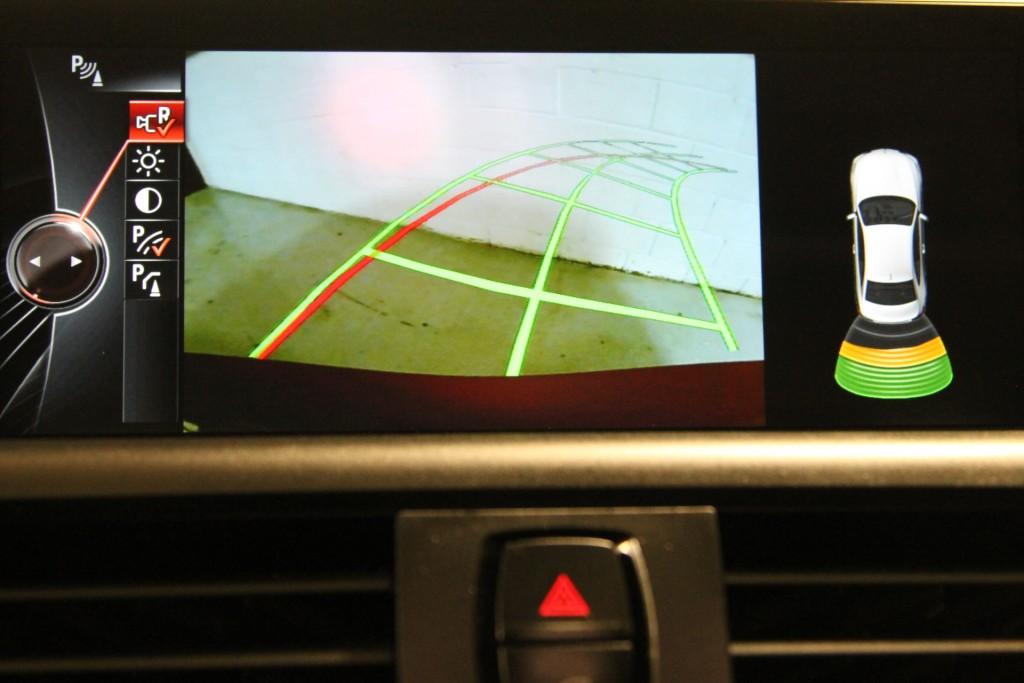 2016-BMW-228i xDrive