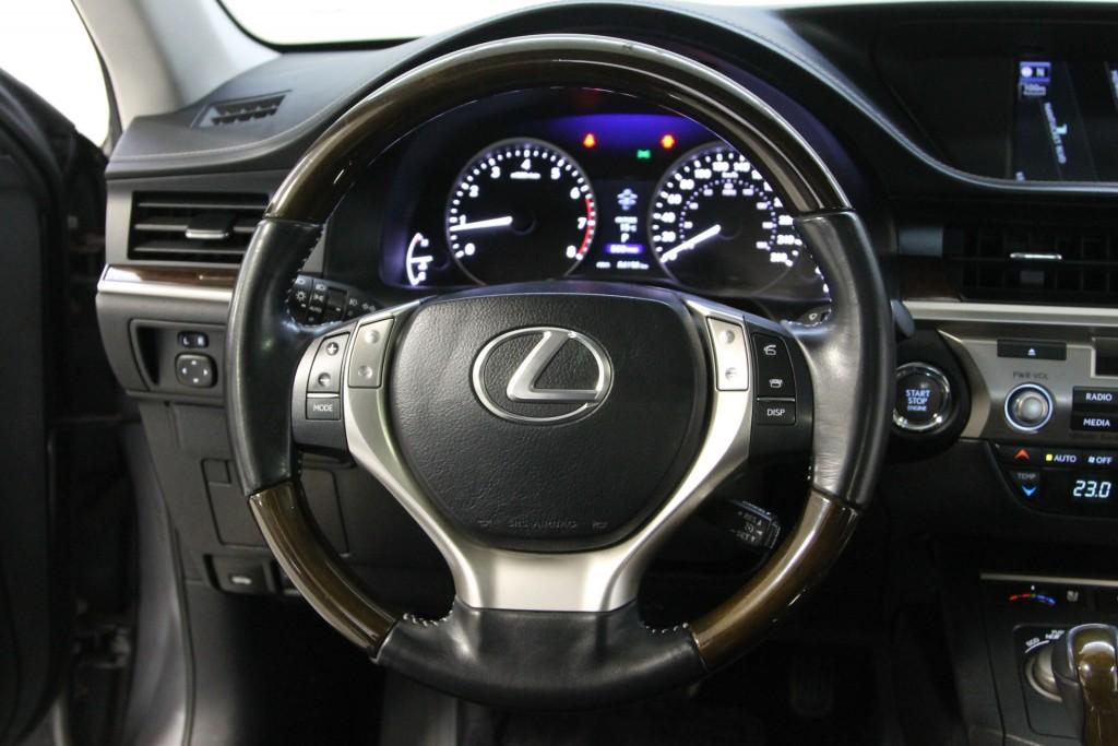 2014-Lexus-ES 350